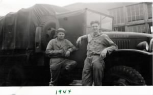 Guido with army friend 1944.jpg
