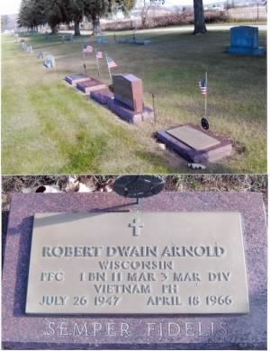 Bob's gravestone at Evergreen cemetary, in the Arnold plot, Centerville, Wi.  Marines guarding both ends of plot with Semper Fidelis on the two stones.JPG