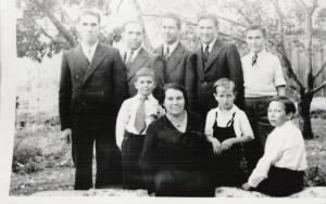 Louretta and her boys 1936
