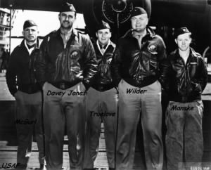 Lt Denver Truelove (Center) with CREW #5, Doolittle Raiders, 1942 on the USS Hornet