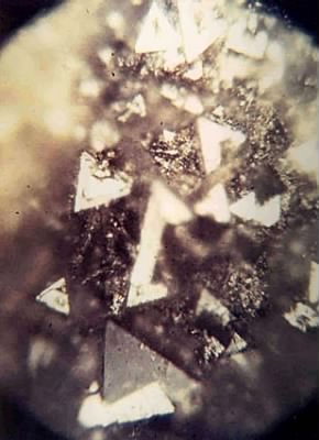 diamond crystals magnified