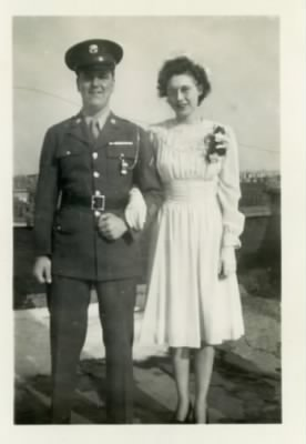 Robert Samuel Tomlinson and Annie Sarah Hancock Wedding Pic.jpg