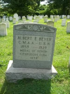 Coxswain Albert Beyer Navy Headstone