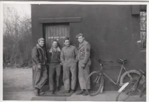 Mac, Doc, Jim Potts, Daddy 1944.jpg
