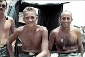 Medics, 1st Battalion, 28th Infantry Regiment, 1st Infantry Division 1968