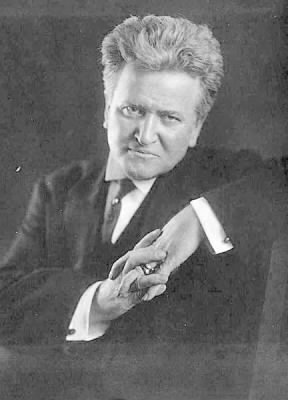 432px-Robert_M._La_Follette,_Sr._.jpg