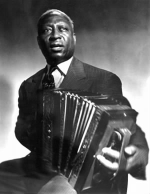 463px-Leadbelly_with_Accordeon.jpg