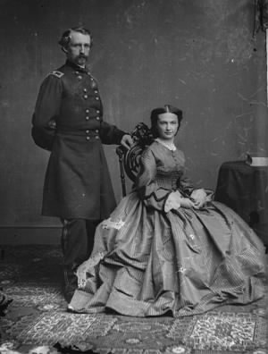 453px-George_Armstrong_Custer_and_Elizabeth_Bacon_Custer_-_Brady-Handy.jpg