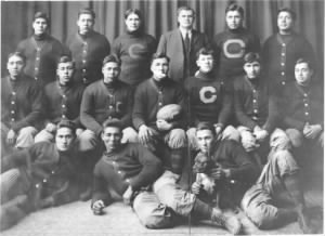 1911_Carlisle_Indians_FB_team.jpg