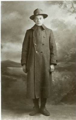 Harry W Morgan WWI Uniform2.jpg