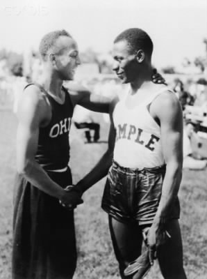 Jesse Owens and Eulace Peacock.jpg