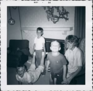 Bell Cousins May 1964.jpg